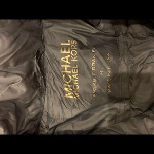 MICHAEL Michael Kors Jackets & Coats - Michael Michael Kors puffer jacket size medium